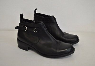 Clarks Women's Ankle Boot Shoes Sz 6.5M Black Leather Buckle Zipper Block Heel