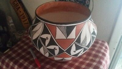 """Vintage large traditional thin handcoiled Acoma Pueblo Olla.11.25"""" D X 9.5 H"""""""