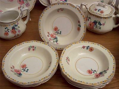 "4 Wh Grindley Ivory ""the Pastel"" Sauce / Berry / Dessert Bowls 5-1/2"" England"