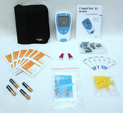 Used Roche Coaguchek Xs Pt/Inr Meter Monitor Testing Kit + Carrying Case Lancets
