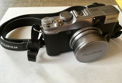 Fujifilm x20 - Advanced digital compact camera - Retro look