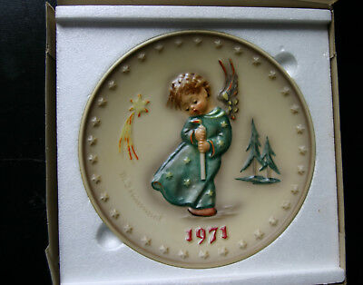 1971 Heavenly Angel - Hummel Annual Plate by Goebel with box