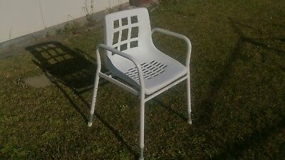 Shower adjustable chair Auscare
