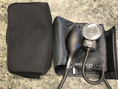 Welch Allyn Tycos Classic Pocket Aneroid Sphygmomanometer -New in box- Whole set