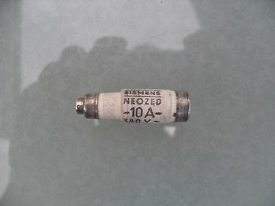 1 x Siemens neozed bottle fuse 10A, D01, gL, 380/250v.