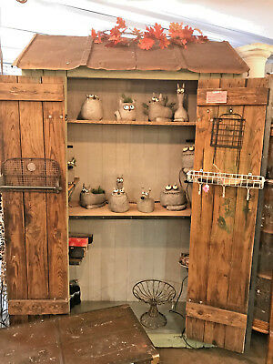 Antique Shed/Hutch