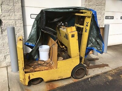 Yale Electric Forklift 1975
