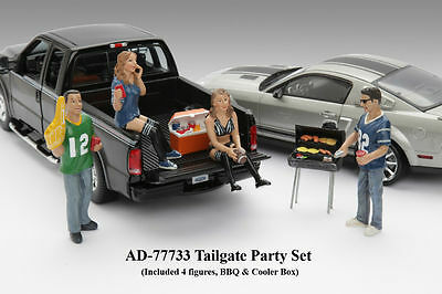 1/18-TAILGATE PARTY-Set of 4, for your shop/garage/diorama - American Diorama