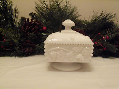 *Westmoreland Paneled Grape Covered Dish Beaded Edges