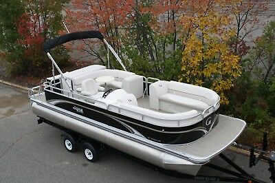 New high end 23 ft pontoon boat with 60 four stroke Mercury CT