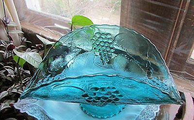 Beautiful Rare Antique Depression Era Glass Banana Boat Fruit Pedestal Compote