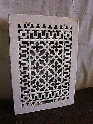 ANTIQUE LATE 1800'S CAST IRON HEATING GRATE ORNATE DESIGN 13.75 x 9.75 HG