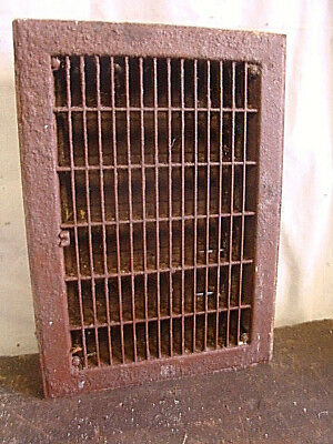 Vintage 1920S Cast Iron Heating Grate Insert Rectangular 14 X 10