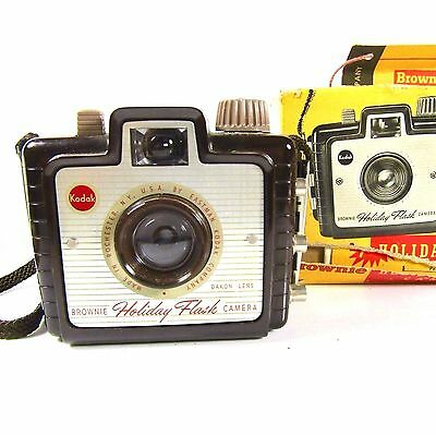 Vintage 1950s Kodak Brownie Holiday Flash Brown Camera Original Box