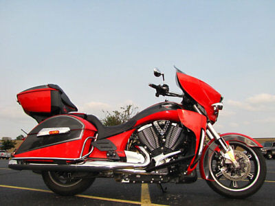 Victory Cross Country Tour Cross Country Tour 2015 Victory Cross Country Tour Two-Tone Havasu Red Pearl And Black 11,214 Miles