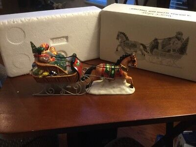 Dept 56 Snow Village A Holiday Sleigh Ride Together Figurine 54921