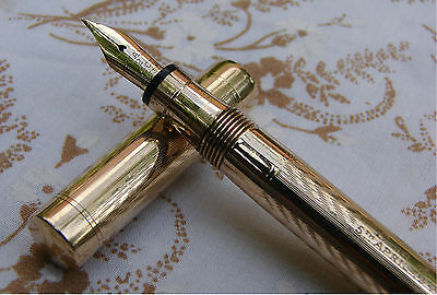 A 9ct Gold Mabie Todd Swan Fountain Pen Hallmarked 1938.