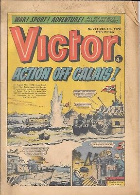 Vintage Victor comics x2 issues No's 711 & 715 from 1974