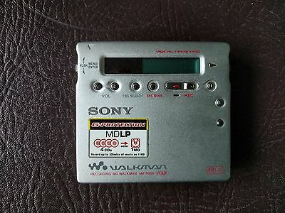 Sony Walkman MZ-R900 Personal MiniDisc Player Silver Very Rare Recordable