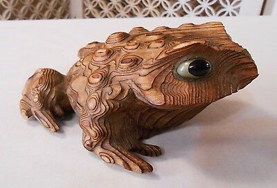 Vintage Carved Wood HORNY TOAD FROG from Japan