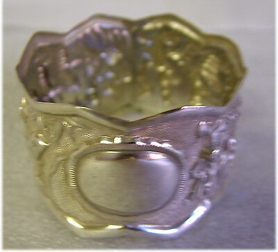 Silver Plated? Ornate Eastern Design NAPKIN RING 1.8inDia12gms