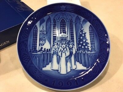 1991 Royal Copenhagen Christmas Plate - Brand New in Original Box!