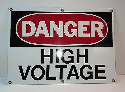"*** Vintage Porcelain ""High Voltage"" Sign In Excellent Condition ***"