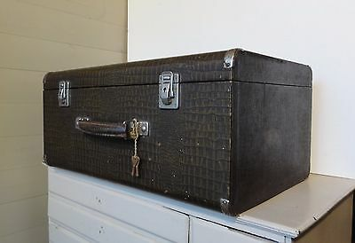 VINTAGE Storage Box Cheney Lock keys Sewing Machine Case Bentwood Mock Croc