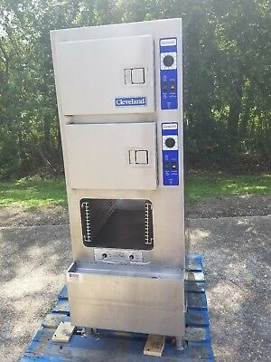 CLEVELAND GAS DOUBLE HALF SIZE STEAMER OVEN  Model 24CGA6