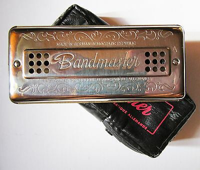 Harmonica labial. Bandmaster . Made in DDR. Very good condition.