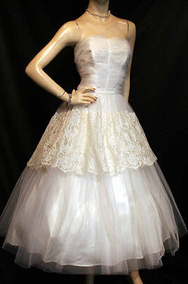 S~M IVORY NET CREAM LACE SATIN VTG 50s STRAPLESS WEDDING GOWN PROM BRIDAL DRESS
