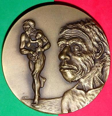 ENGLISH NATURALIST/ CHARLES DARWIN 1809/82 BRONZE MEDAL by AMARAL