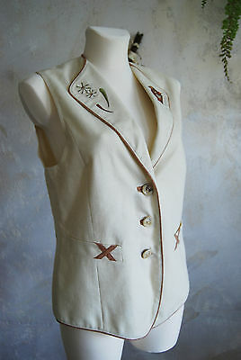 lovely quality linen lined vintage ladies embroidery folk Austrian waistcoat 14