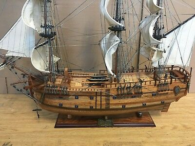 "Hms Endeavour ""1768""  Wooden Model Tall Ship Sail Boat 90 Cm.(35 1/2"") Model New"