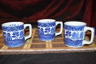 """Three Vintage Asian Porcelain Blue Willow Coffee Cup / Mug 4 1/2""""x3 1/2"""""""