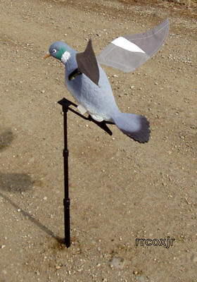 Lucky Duck Rapid Flyer Motorized Flapping Motion Wood Pigeon Air Dove Decoy New!