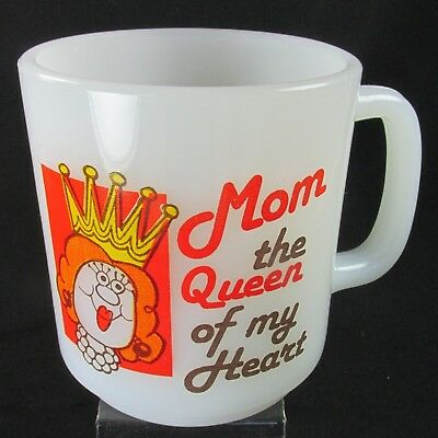 Glasbake Milk Glass Mug Mom the Queen of my Heart Coffee Cup Mother's Day 10 oz