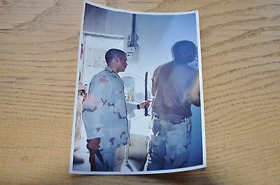 Iraqi Freedom OIF 1st Armored Photograph 5 x 7 Fixing the air conditioning