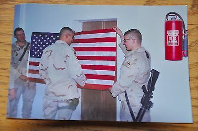 Iraqi Freedom OIF 1st Armored Photograph 3 x 5 Hanging American Flag in housing