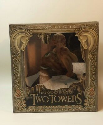 Lord of the Rings The Two Towers Gollum Collectors Gift Set No DVD