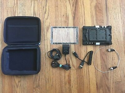 SmallHD AC7 SDI + HDMI With Extras