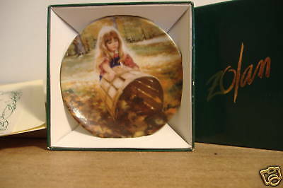 ~New~Donald Zolan~Miniature Plate~Autumn Leaves~