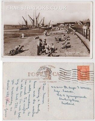 Early Postcard, Essex,Leigh On Sea,The Beach @ Old Bell Wharf, People Outside RP
