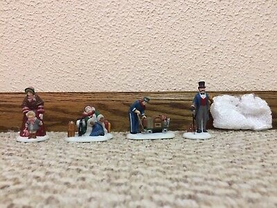 """REDUCED Dept 56 """"Meeting the Family at the Railroad Station"""" Dickens 58457"""