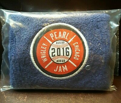 Pearl Jam Chicago Wrigley wristband not poster sticker shirt hat pin patch hood
