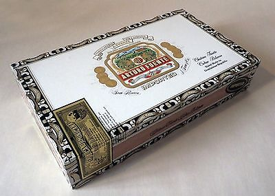 Arturo Fuente wooden cigar box