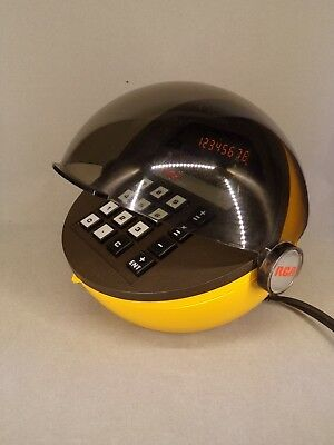 Calculatrice RCA 3C1010 orange helmet Made in USA 1974 vintage space age RARE