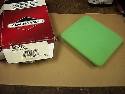 Briggs and Stratton Engine OEM Foam Air Filter    691315