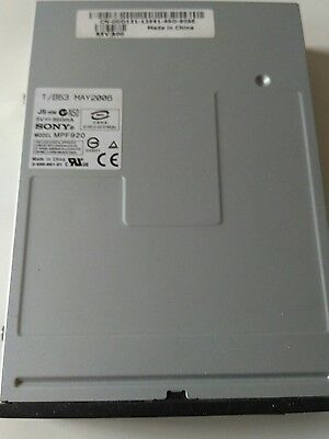 Disquetera Sony 1,44 Mb, color negro