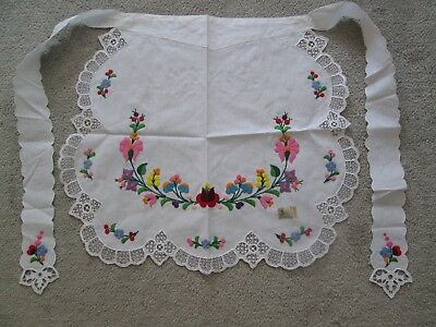 Linen Embroidered Hungarian Kalocsa Cutwork Pattern Lace Flower Apron Handmade!